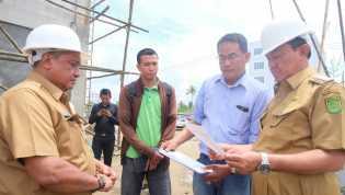Bupati Inhil Tinjau Sejumlah Pelaksanaan Pembangunan Di Tembilahan Dan Tembilahan Hulu