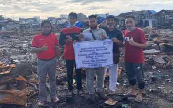 APKB Bantu Warga korban Kebakaran di Kotabaru