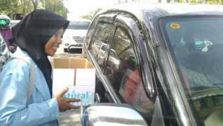 BNNP Ngaku Tak Punya Anggaran, Mahasiswa Gelar Aksi Penggalangan Dana Guna Test Urine Anggota DPRD Riau