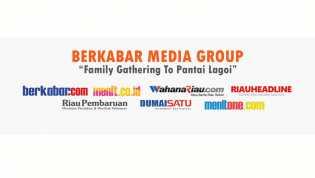 Family Gathering Berkabar Media Group di Pantai Lagoi