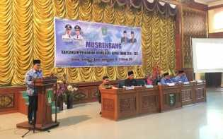 Walikota Pimpin Pembahasan Rancangan Perubahan RPJMD Kota Dumai 2016 - 2021