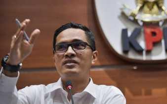 KPK Periksa Dua Anggota DPRD Dumai, Direktur Mayatama Solusindo dan Guru