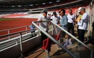 Lihat Penonton Rusak Stadion Utama Gelora Bung Karno, Menteri PUPR Menangis