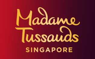 Bollywood Star Kajol Visit Madame Tussauds Singapore to Unveil Her Wax Figure With Live Side-by-Side
