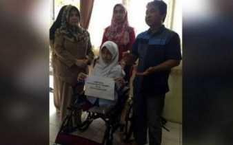 Alhamdulillah...! Surat Direspon, Jokowi Kirim Kursi Roda Buat Bulan Karunia Rudianti