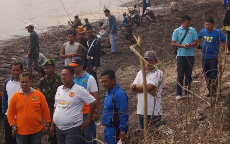 Wakil Walikota Dumai Buka Lomba Mancing Sekaligus Resmikan Pantai Legenda