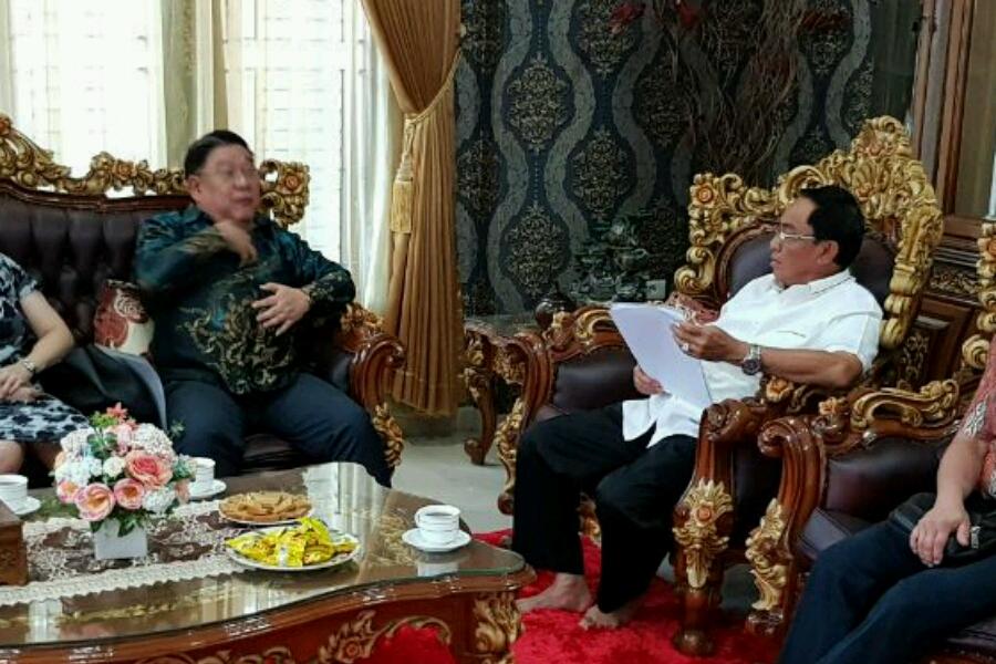 Bahas Hilirisasi Kelapa, Bupati Inhil Adakan Pertemuan Dengan Pengusaha Nasional, CEO PT Cahaya Buana Group