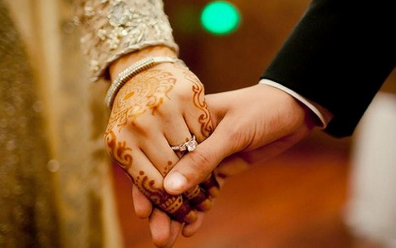 Ini Cara Suami Memperlakukan Istri Dengan Baik