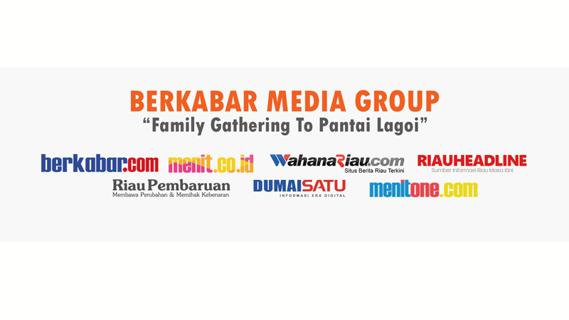 Family Gathering Berkabar Media Group di Pantai Lagoi