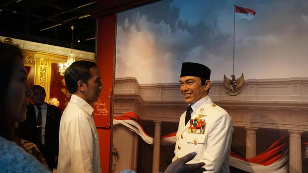 Saat Jokowi Bertemu dengan Bung Karno di Hong Kong