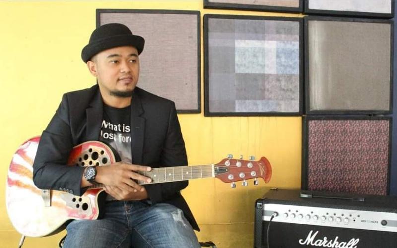 Penyanyi Selat Panjang Riau 'Rinald Bagas' Rilis Lagu Izinkan Aku Menjadi Imammu