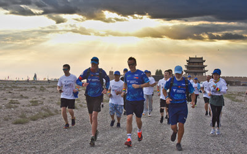 Fresenius Medical Care Back to The Wall Run Achieves Kidney Health Awareness Goals While Creating History